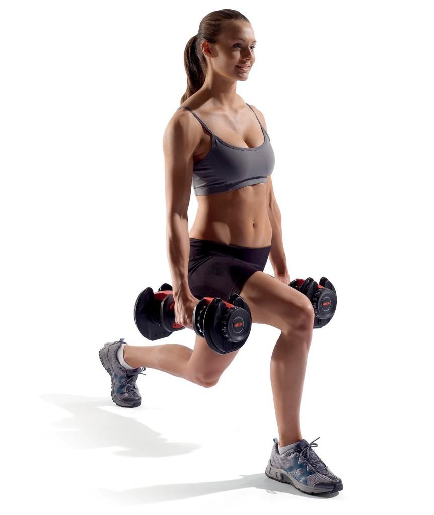 thuis fitness materialen dumbbells