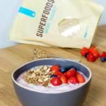 Griekse yoghurt met gepofte quinoa en rood fruit